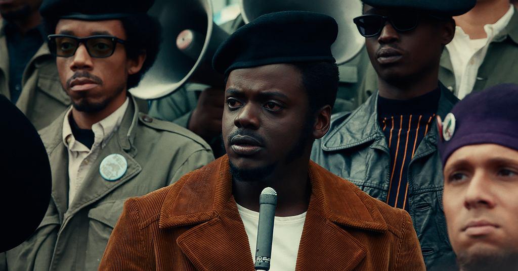 Pierwsza statuetka wieczoru - dla aktora drugoplanowego - przypadła Danielowi Kaluuyi (za film 'Judas and the Black Messiah').