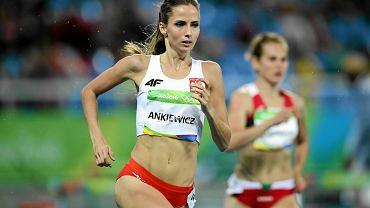 Emilia Ankiewicz w biegu na 400 m przez płotki podczas igrzysk olimpijskich w Rio de Janeiro