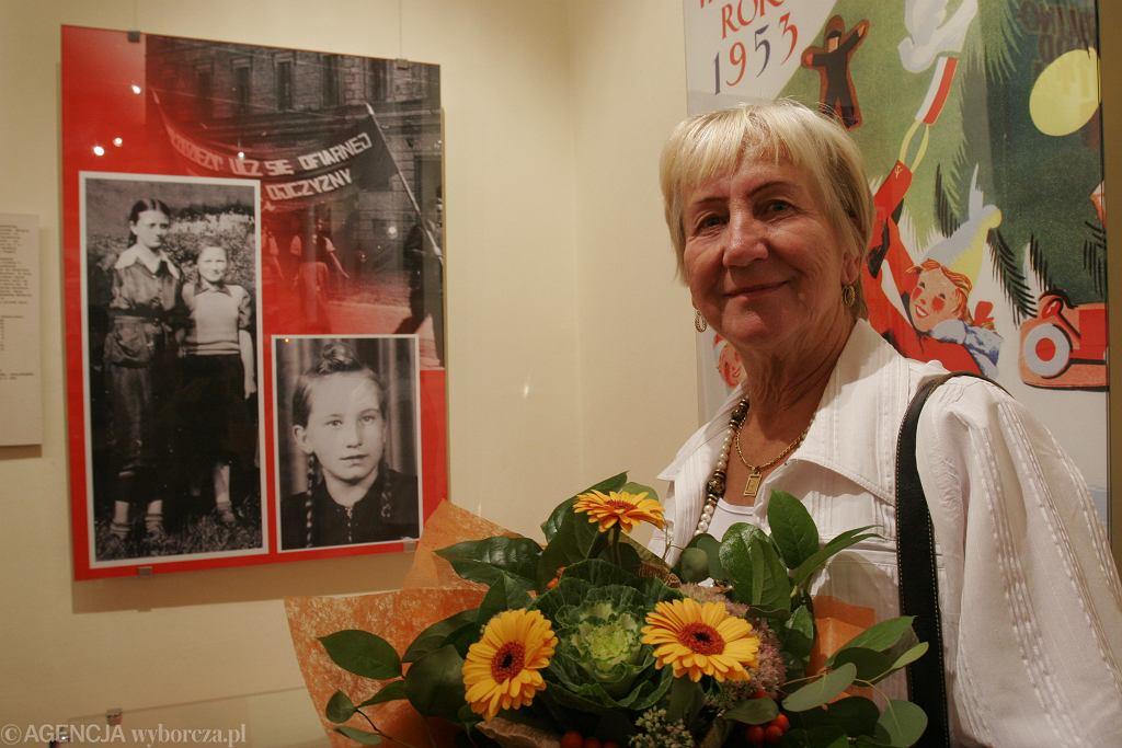 Na zdjęciu Natalia Piekarska, która w 1953 roku rozrzucała ulotki bojkotujące zmianę nazwy