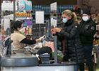 Austria: małe sklepy się otwierają, duże będą składać pozwy