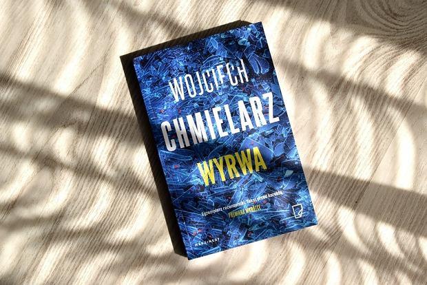 Książka 'Wyrwa', Wojciech Chmielarz