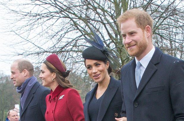 """Do tej pory ksiażę William, książę Harry, księżna Kate i księżna Meghan pracowali razem na rzecz królewskiej fundacji The Royal Foundation. Teraz ich drogi się rozchodzą, co brytyjskie media wprost nazywają """"rozwodem"""" w rodzinie królewskiej. Jest ku temu ważny powód."""