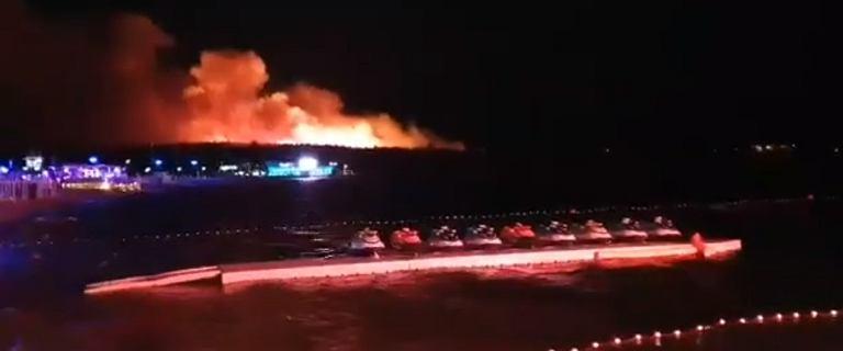 Pożar na chorwackiej wyspie. Ewakuowano 10 tys. uczestników festiwalu