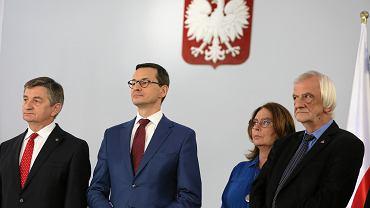 Od lewej: marszałek Sejmu Marek Kuchciński, premier Mateusz Morawiecki, wicemarszałkowie Sejmu Małgorzata Kidawa-Błońska i Ryszard Terlecki