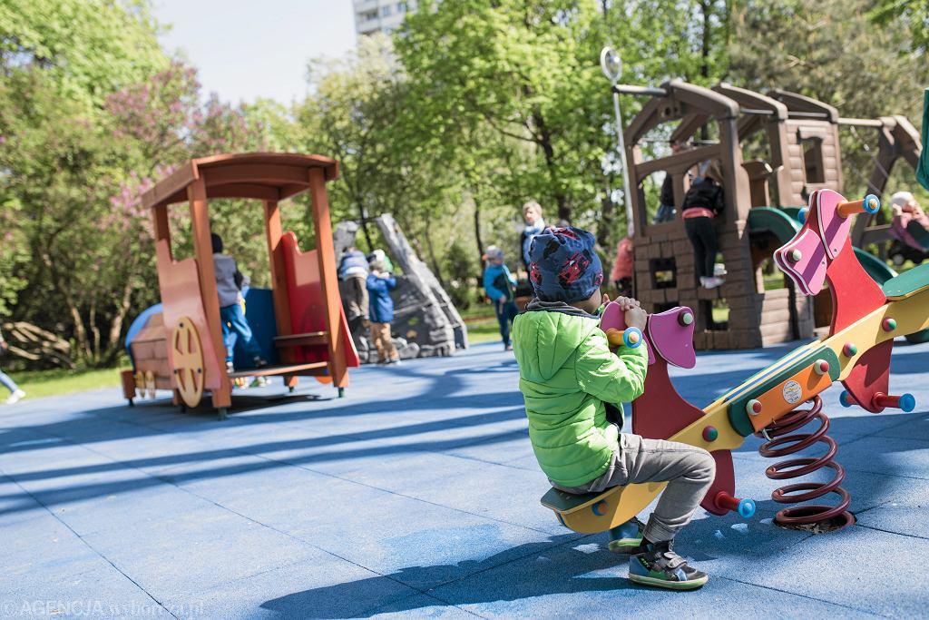Wojna o plac zabaw w Żyrardowie [zdjęcie ilustracyjne]