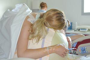 """Co czuje rodząca kobieta? """"To zależy od momentu porodu i od indywidualnej wytrzymałości na ból"""""""