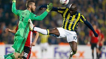 Moussa Sow  po golu w meczu LE Fenerbahce - Manchester United (2:1)
