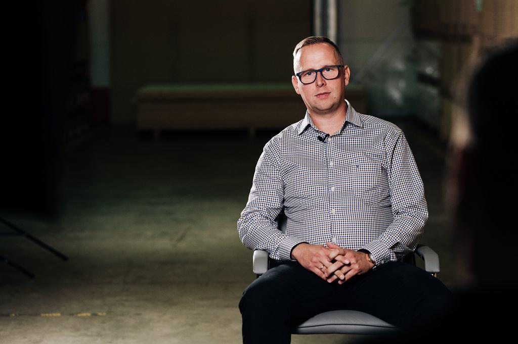 Dyrektor Handlowy DLH Global S.A. - Radosław Wierzbicki.