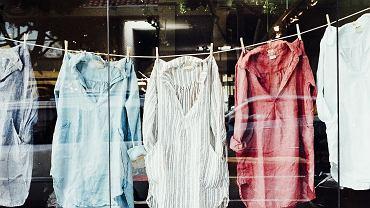 Poczekaj z praniem, aż pralka będzie pełna (fot. Pixabay.com)