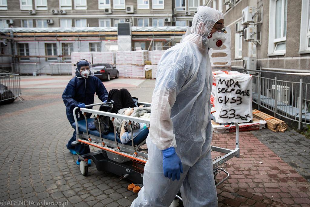 Pandemia koronawirusa. Medycy w Samodzielnym Publicznym Szpitalu Klinicznym Nr 4, Lublin, 9 czerwca 2020