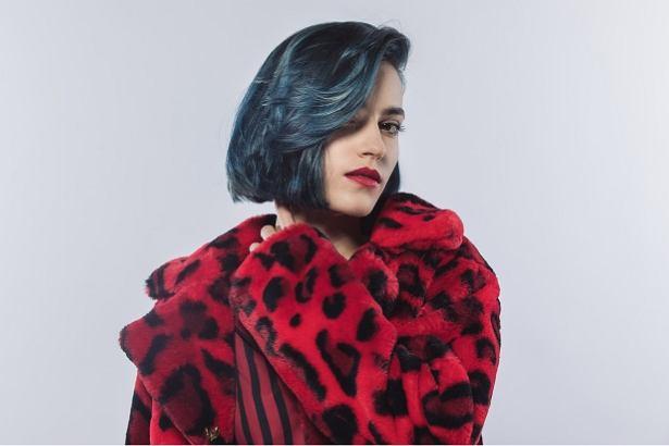 Chłodne kolory włosów będą modne w 2019 roku