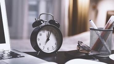 Zmiana czasu 2021 (zegar - zdjęcie ilustracyjne)