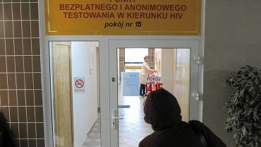 Olsztyn 2015. Punkt bezpłatnych badań w kierunku HIV w budynku Sanepidu przy ul. Żołnierskiej.
