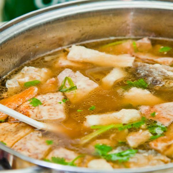 Wywar rybny - do zup rybnych, owoców morza lub sosów