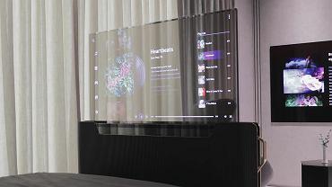 LG prezentuje rolowany transparentny telewizor do sypialni