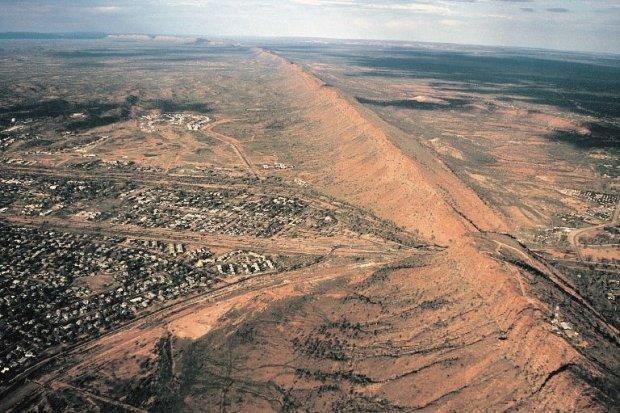 Alice Springs/ Fot. CC BY-SA 2.5/ Stephen Codrington/ Wikimedia Commons