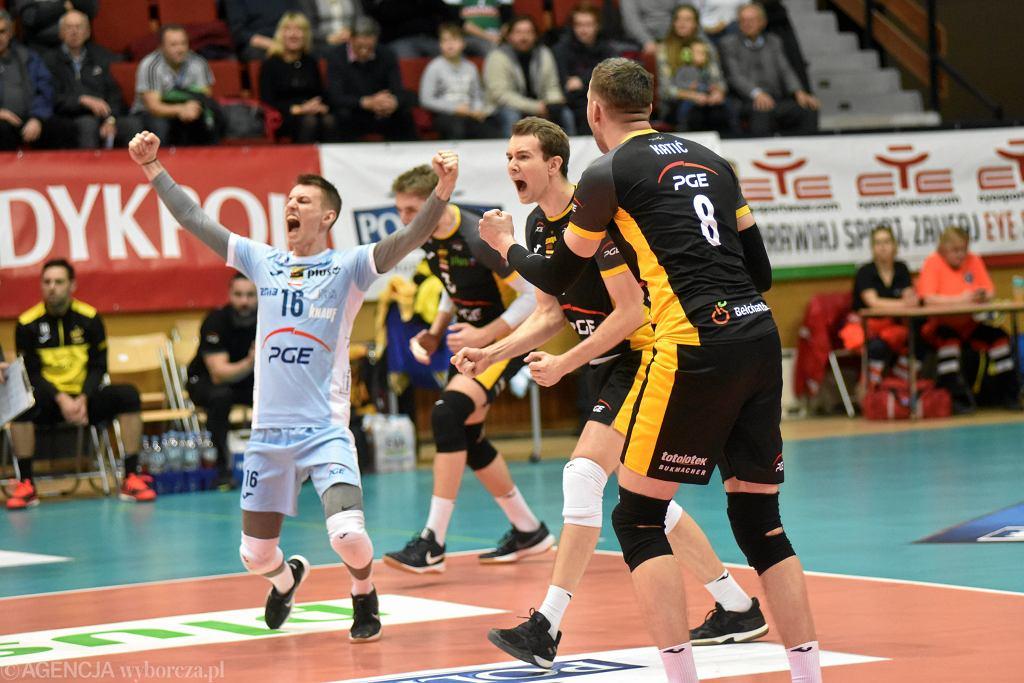 Jastrzębski Węgiel - PGE Skra Bełchatów. Gdzie oglądać pierwszy meczu fazy play-off tego sezonu?