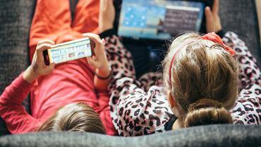 Uzależnienie od internetu objawia się tak samo jak uzależnienie od używek