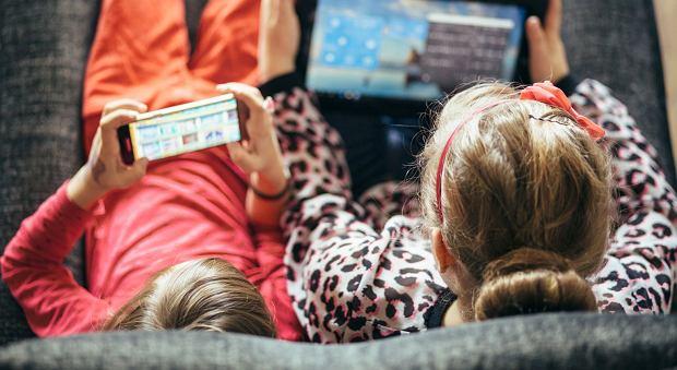 Ilu studentów korzysta z randek internetowych
