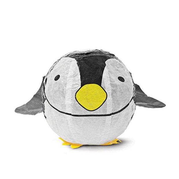 Nadmuchiwany papierowy pingwin, cena: 4 zł / fot. Tiger