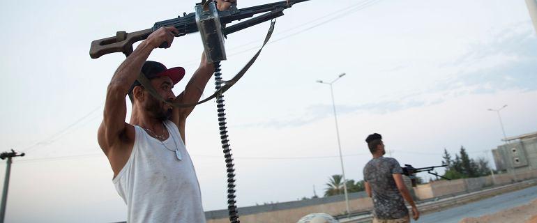 Co naprawdę dzieje się w Libii