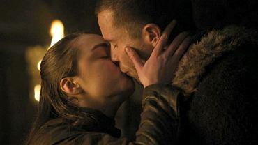 Arya Stark straciła dziewictwo