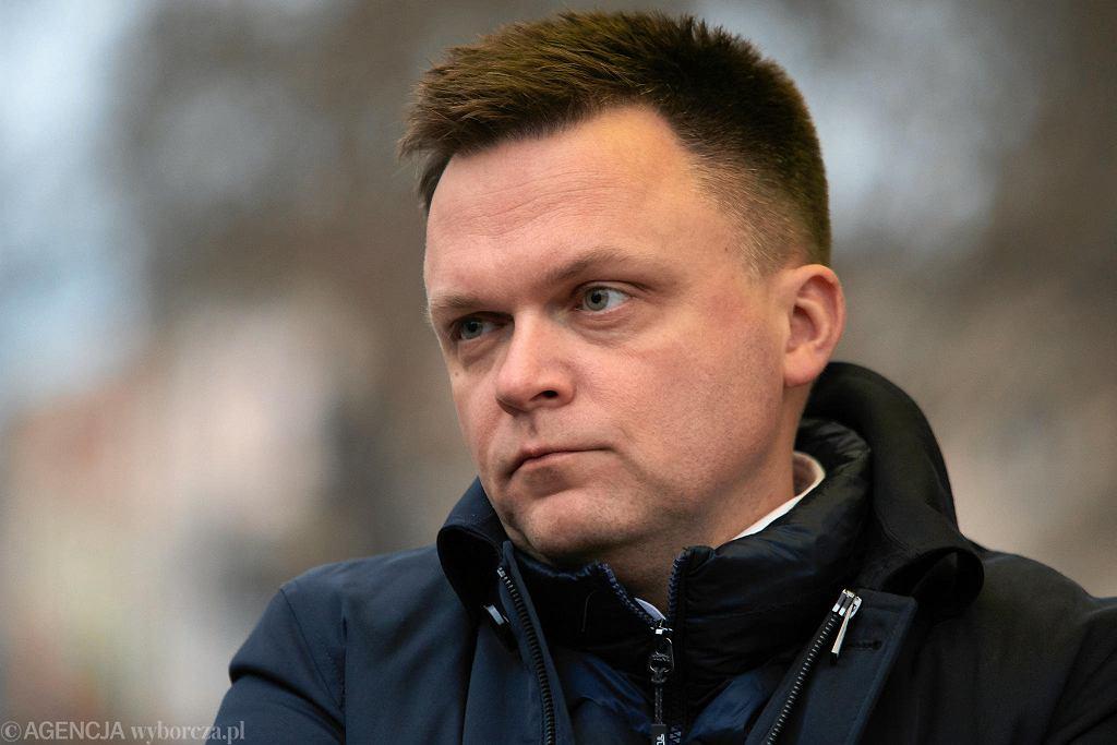 Szymon Hołownia w związku z epidemią koronawirusa zmienia swoją kampanię wyborczą.