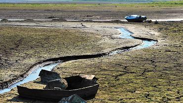 Jezioro Żywieckie podczas suszy w 2015 r.