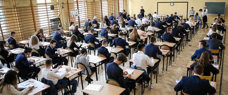 Wyniki egzaminu 9 tys. gimnazjalistów do zmiany.
