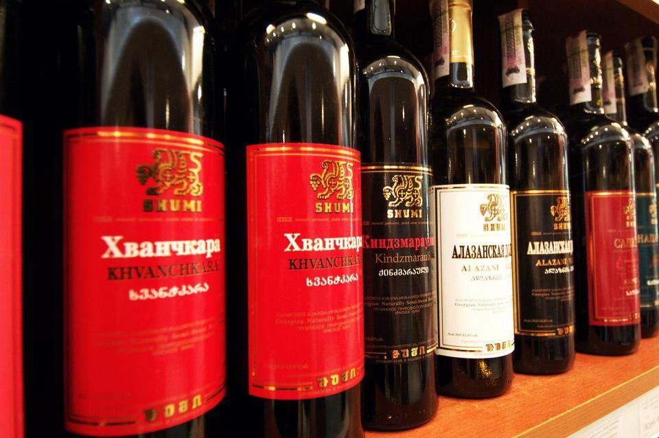 Gruzińskie wina sprzedawane w rosyjskim supermarkecie.