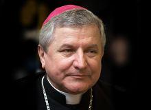 Watykan dał abp. Gądeckiemu upoważnienia do sprawdzenia Janiaka