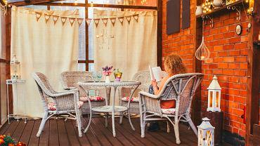 balkon w stylu rustykalnym