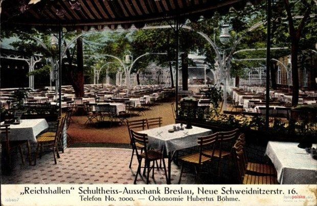 Zdjęcie numer 40 w galerii - Ogródki restauracyjne pierwsze tej wiosny i te przedwojenne [ARCHIWALNE ZDJĘCIA]