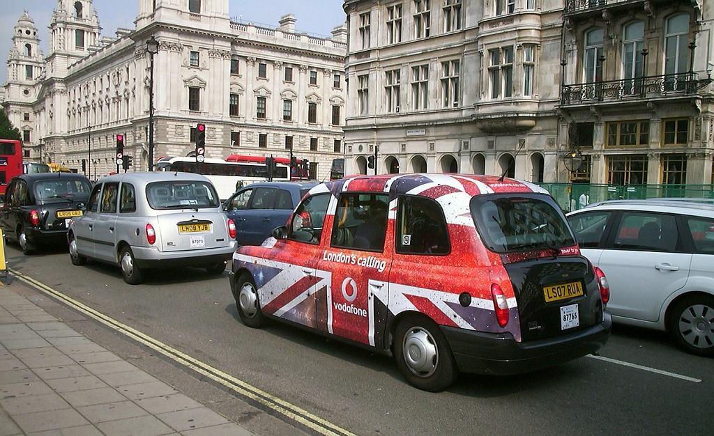 Zatłoczone ulice Londynu
