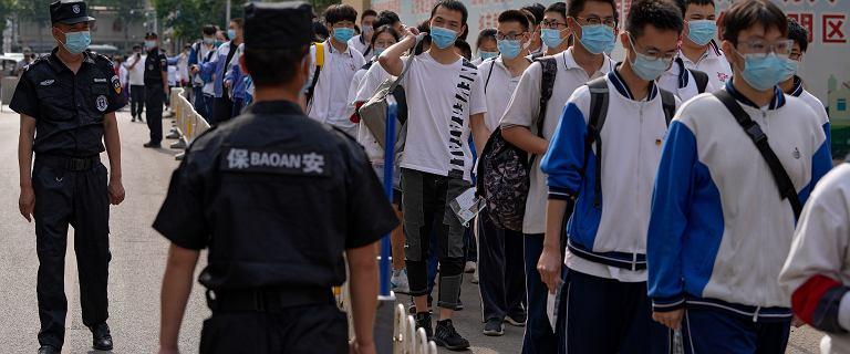 Chińczycy bronią się, jak mogą, ale muszą stać się troche jak my