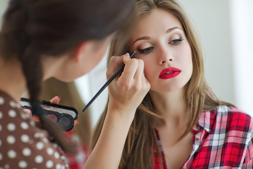 Trendy na jesień 2019 - poznaj najbardziej modne kosmetyki do makijażu i pielęgnacji