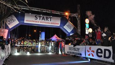 Start Biegu Nocnego na 10 km