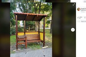 Funkcjonalna ławka dla rodziców. Nie tylko Lublin wpadł na ten pomysł