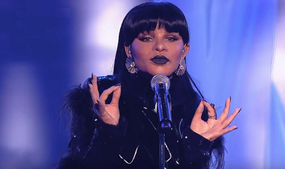 Ewelina Lisowska jako Rihanna - Love On The Brain - Twoja Twarz Brzmi Znajomo 12