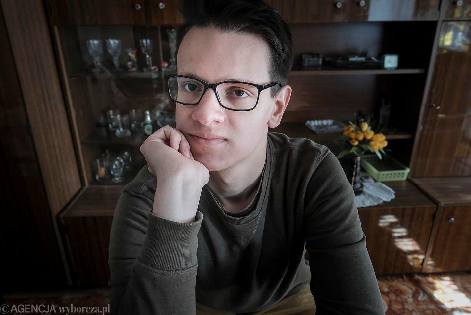 Łukasz Sakowski, biolog, autor bloga To tylko biologia i raportu o poglądach polskich naukowców