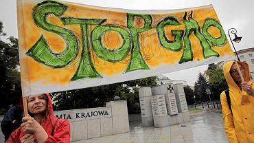 Protest przeciw żywności GMO