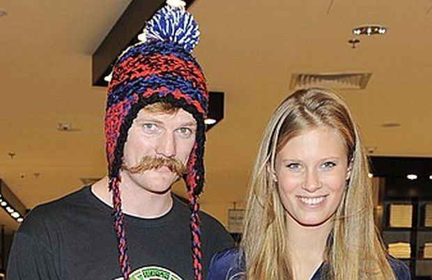 Julia Pietrucha i Ian Dow.