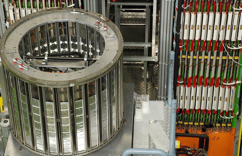 Część detektora wykrywającego neutrina