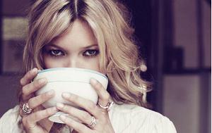 Kate Moss dla Elle France, 23 września 2011