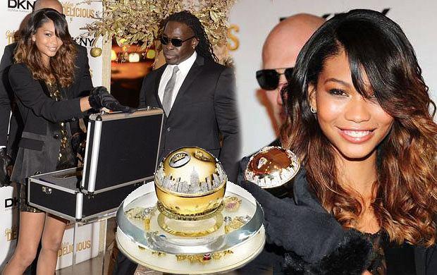 Chanel Iman promuje perfumy DKNY za milion $