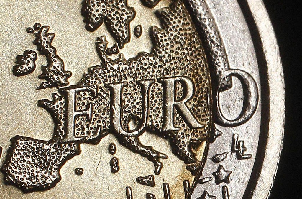 Inwestorzy chętnie pożyczają pieniądze Grekom i Hiszpanom. I na mniejszy procent, niż kilka miesięcy temu. Tym samym uważają, że ryzyko inwestycje w obligacje krajów południowej Europy jest dużo mniejsze niż rok temu