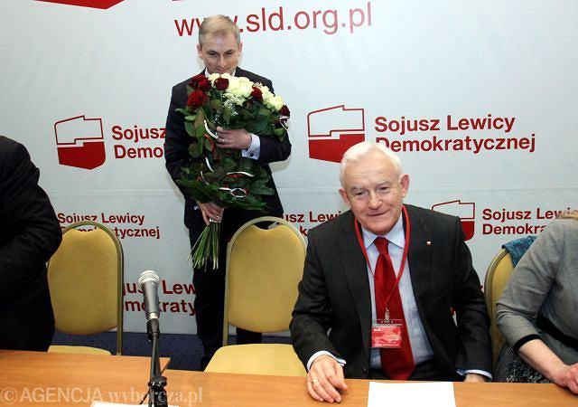 Kwiaty dla nowego przewodniczącego SLD