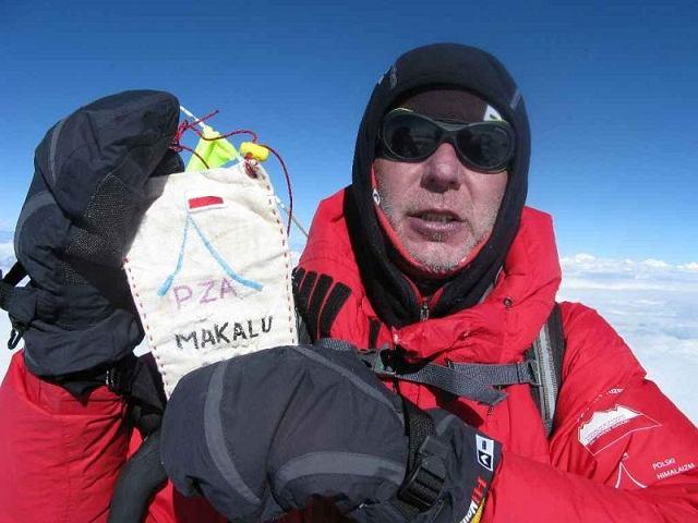 Artur Hajzer na szczycie Makalu