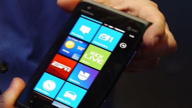 Ile kosztuje zrobienie Nokii Lumia 900?