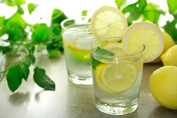 woda i cytryna
